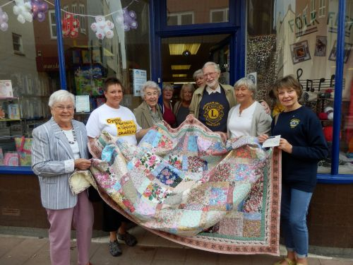 65 Roses Quilt made by Members of Burnham U3A